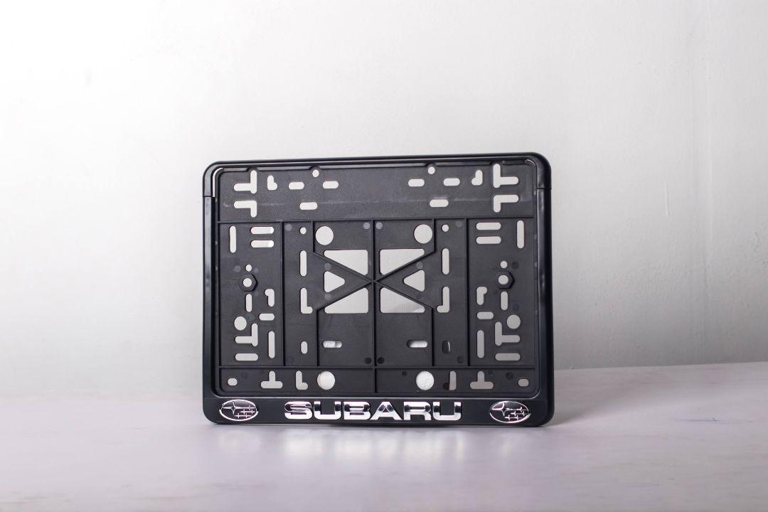Рамка с защелкой квадратная Subaru