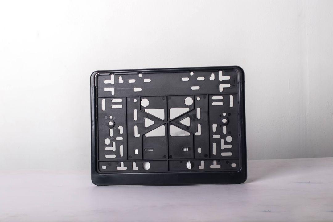 Рамка с защелкой квадратная б/надписи Дельта